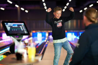 Bowling - Boost your stay